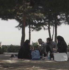 "Iran's ""Weekend"" named best at ÉCU film festival"