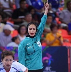 Female referee Nazemi supports Iranian women